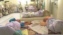 نبود قانون فرزند خواندگی در افغانستان؛ وضعیت مبهم کودکانی که به فرزندی خوانده میشوند