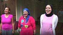 يوغا الضحك .. علاج التظاهر بالسعادة