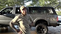 Бизнесмен из Техаса проехал 300 км, чтобы помочь Хьюстону