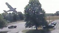 لحظة تحطم طائرة اصطدامت بشجرة