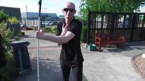 Após ser agredido, cego aprende a se proteger e vira professor de defesa pessoal