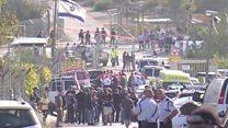 فلسطيني يقتل شرطيا وحارسي أمن إسرائيليين بمدخل مستوطنة بالضفة الغربية المحتلة