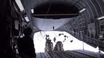 Літак скинув вантажі для станції в Антарктиді