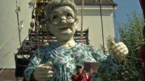 رژه ی عروسک های غولپیکر در ژنو