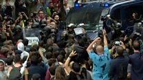 Bạo lực trong ngày Catalonia trưng cầu về độc lập