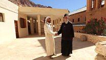 قبيلة مسلمة تتولى حراسة دير سانت كاترين منذ 14 قرنا