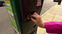 Will shops still accept old £1 coins?