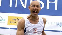 The running man addicted to marathons