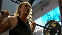 Teenage powerlifter targets world title