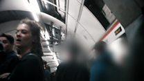 Sivil polisler Londra metrosunda tacizcilerin peşinde