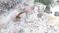 Clearing the Mogadishu blast site