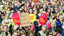 Как в Берлине протестуют против ультраправых в Бундестаге