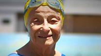 100 Kadın: Brezilya'nın 93 yaşındaki yüzme şampiyonu