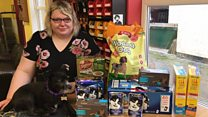 Woman sets up food bank for cats and dogs