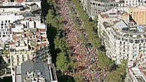 Bağımsızlık karşıtları Barcelona'da sokağa çıktı
