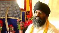 पाकिस्तान में सिख धर्म अपनाते हिंदू