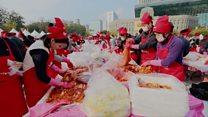Thousands join S Korean kimchi festival