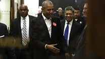 Obama rocks up for jury service