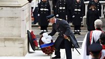 Charles lays wreath at Cenotaph