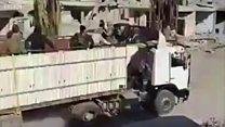 Rakka'yı konvoyla terk eden IŞİD militanları