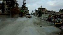 O acordo secreto que garantiu a fuga de centenas de combatentes do Estado Islâmico de Raqqa