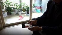 인터뷰: '제발 아내와 아들의 북송만은 막아주세요'