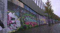 """تبدیل """"دیوارهای صلح"""" ایرلند شمالی به جاذبههای توریستی"""