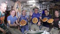 Как заказать доставку пиццы в космос?