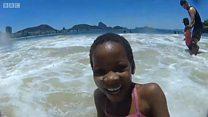 जेव्हा या मुलांनी पहिल्यांदा समुद्र बघितला...