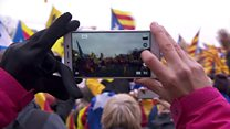 Thousands of Catalans march on Brussels
