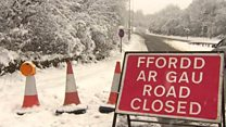 Heavy snow affecting road travel