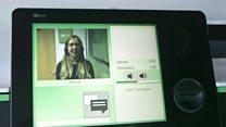 'Caixa eletrônico do futuro' permite saques via smartphone e videoconferência com banco