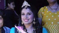 A miss cadeirante que luta por direitos das pessoas com deficiência na Índia após ser vítima de violência sexual