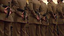 घट्दै सेनाको आकर्षण