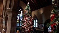 Community knits 28ft-high Christmas tree