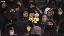 Tang lễ ca sĩ KIM JONG-HYUN