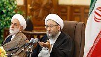 ادامه جدال احمدینژاد و یارانش با قوه قضاییه و رد پیشنهاد پادرمیانی