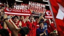 记者来鸿(粤语):香港的球场 反华的温床?