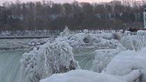 بالفيديو: شلالات نياجرا يغطيها الجليد