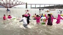 Loony Dookers enjoy the chilly Forth