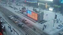 Таймлапс з Таймс-сквер: знамениту площу замітає снігом