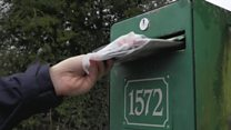 French posties deliver friendship