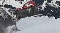 Heavy snow shutters Swiss ski resorts