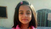 """""""Ее уже не вернуть"""": Пакистан протестует из-за убийства девочки"""