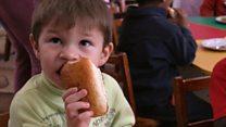 Запах мирного времени:    жизнь украинской прифронтовой пекарни