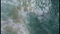 وہ لمحہ جب ایک ڈرون نے دو نوجوانوں کو ڈوبنے سے بچایا۔