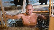 بوتين يغوص في بحيرة متجمدة