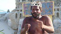 مارسيو.. الملك الذي يعيش في قلعة رملية