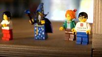 Почему у фигурок Lego желтые лица?