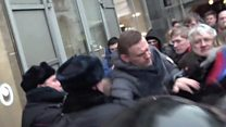 'Dramatic' moment Putin critic detained